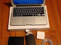 MacBook Air 2012 in really awesome condition. Has an i7