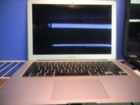 MacBook Air with Webcam, WiFi, 14' HD LED LCD Screen.