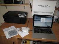 2009 Macbook Pro 13 inch notebook computer in like new