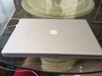 Offering a used in fantastic condition Macbook Pro