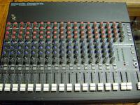 Mackie CR 1604 16 Channel Mic/Line mixer, Rack Mount,