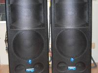 Hi, For sale I have a pair of Mackie SR1530z powered PA