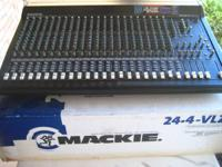 Sound console 24-4 in good working condition 24 ch.