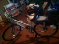 Women's mountain bike with gears. Nice condition, just