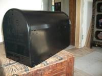 Mail box Elite Series. Classic huge, durable mail box.