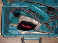 "This is a superb MAKITA 3 1/4"" power planer in great"