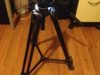 This tripod/head kit is in great shape and functions