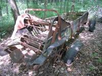 Old spreader is about 5 feet wide and about 18 feet