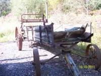 Manure Spreader ( Antique ) If interested Make Offer