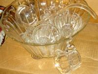 Punch bowl plastic w ladel - never used $15  SALAD BOWL