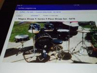 Mapex Drum V Series 5 piece set with cymbals, stand and
