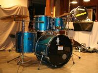 Offering a super-sweet Mapex MARS series drum set
