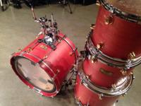 Selling this incredible Mapex Orion 4piece drum