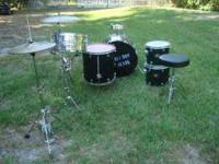 Awesome set of Mapex venus drums with snare and cymbals