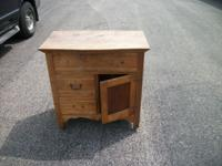 commode maple,stripped,dovetailed drawers,1 large