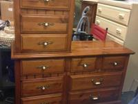Selling a maple dresser with 10 drawers. Has a extra