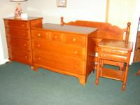 Description WILLETT bedroom SET BED.CHEST OF DRAWERS,
