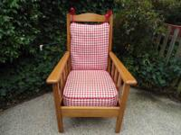 Very Clean Solid Wood (Maple?) Country Style Chair with