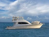 Description MARAFUERA 64' Hatteras, 2006 convertible