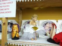 MAJESTIC TURNAROUND We have Marilyn Monroe, Dolls, post