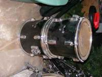 Mark II Complete Drum Set in fair condition. *Large
