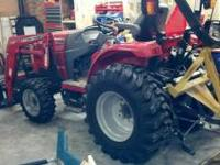 Tractor is still very new. It is an 09 and has 33 hours