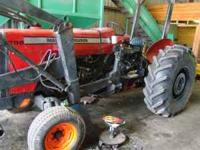 MASSEY FERG. 298 W BUCKET AND FORK, NICE TRACTOR,