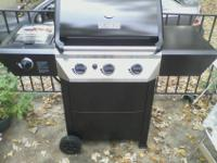 Master Forge 4-Burner Gas Grill w/ Side Burner.It'n in
