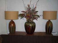 Very Attractive matching Lamps and Decorative Floral