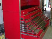 FOR SALE- MATCO TRIPLE BAY ROLL AWAY WITH MATCHING TOP