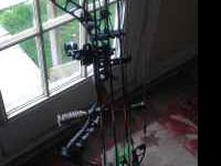 Monster / Matthews bow 600 obo 70 lbs 28 in draw left