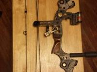 Mathews Mustang Right hand Compound Bow adjustable as