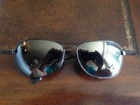 I am selling my Maui Jim Akoni sunglasses that are