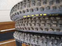 Maxxis DH casing tires for sale. 1 Minion 2.7