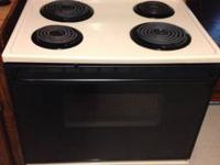***MAYTAG STOVE IN PERFECT CONDITION***