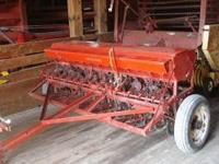 McCormick, IH grain drill, 13 row single disk, has