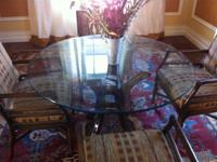 "Excellent, almost new condition.  48"" (4') round glass"