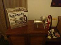 #32 cast iron meat grinder with pulley. New out of box.