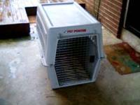 Medium sized dog kennel-$25-call  Location: Waynesboro