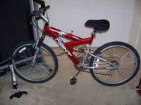 Men's bike in great condition. Tires have hardly any