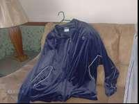 We have a Cand 1 Men's basketball jacket and pants XXL