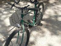 Mens green bike for sale.  Asking $25 or best