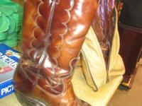 BROWN MEN'S COWBOY BOOTS  SIZE 9 1/2  ZIPPERED STORAGE