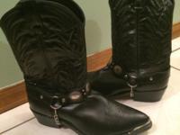 Laredo Mens Cowboy boots. Brand new. Sz 10.5 extra