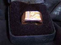 Men's Gold Nugget And Diamond Ring. 700 OBO It Measures