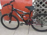 SELLING A NICE HUFFY MOUNTAIN BIKE LIKE NEW- -18
