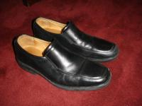 """GOODWIN MOC-TOE VENETIAN"" Smooth calfskin leather"