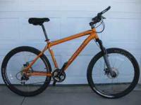 Men's Raliegh mountain bike 18 inch frame. disk brakes