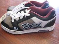 These Sketchers are in great condition, any guy would