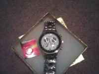 I am selling this beautiful men's watch, I bought for